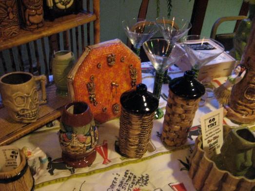 Tiki torch mugs from Go Tiki