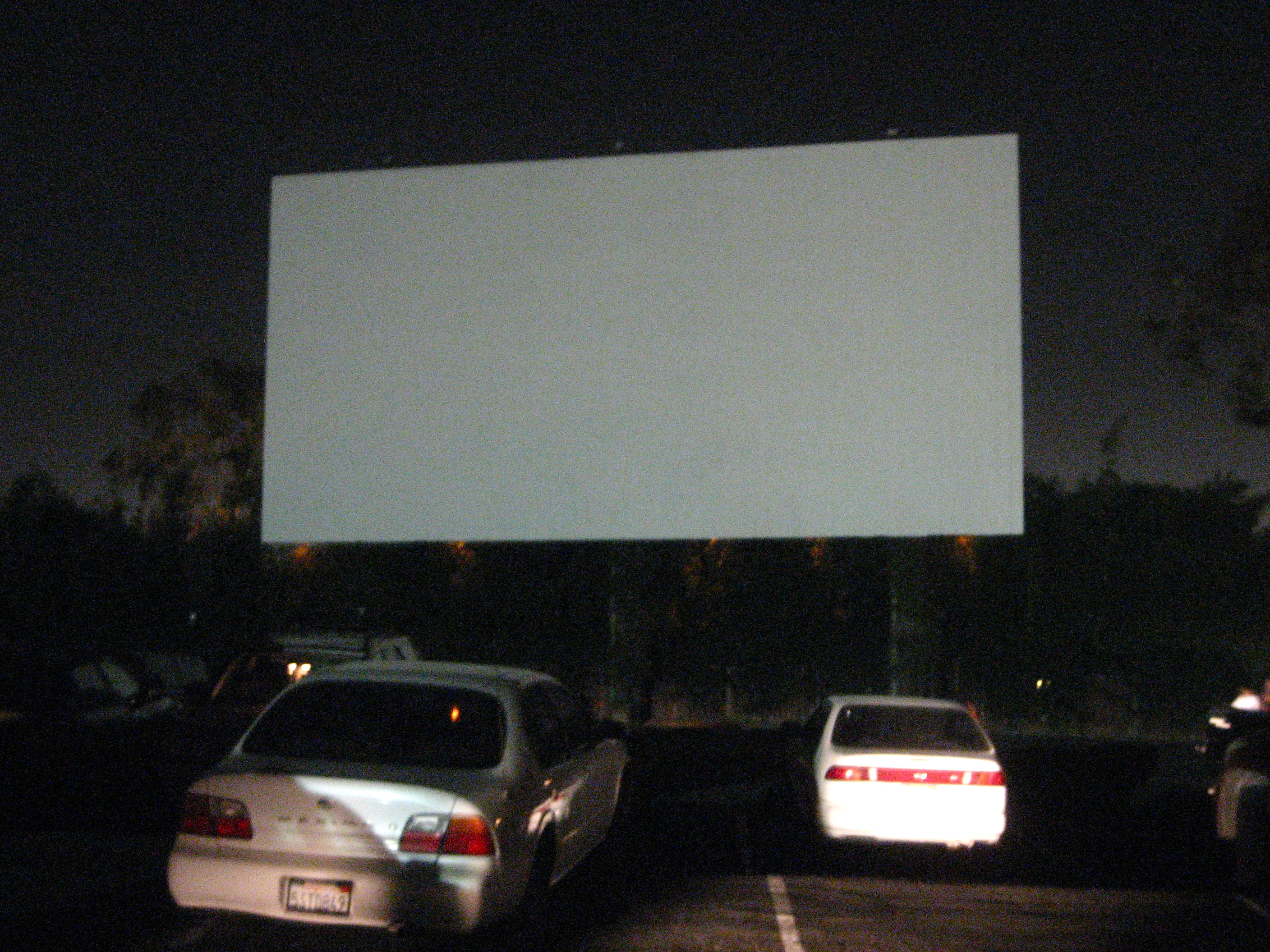 November 2010 the tiki chick for Drive in movie theaters still open