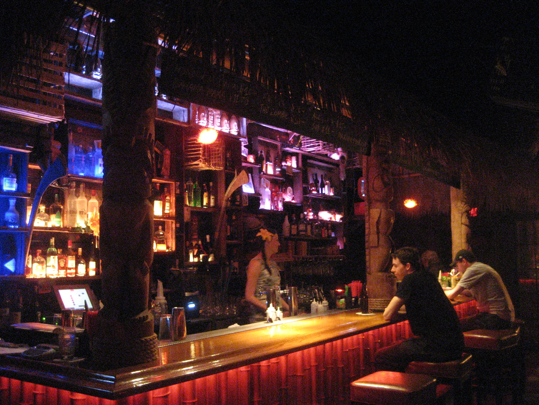 Tiki no bar north hollywood ca the tiki chick - Restaurante tiki ...